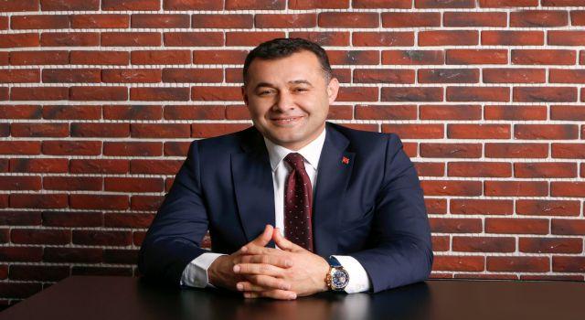 Başkan Adem Murat Yücel vatandaşların bayramını kutladı