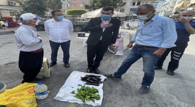 Başkan Türkdoğan Meclis üyeleri ile beraber Mahmutlar pazar esnafını ziyaret etti