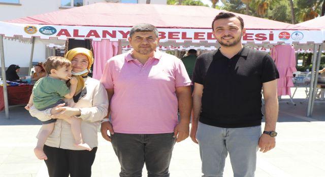Ak parti sma Savaşçısı Ahmet bebek için kermes düzenledi