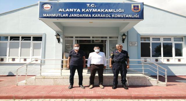 Başkan Yücel ve Balta Mahmutlar jandarmasını ziyaret etti