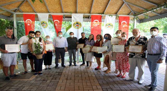 en güzel balkon ve bahçe yarışmasında ödüller sahiplerine verildi