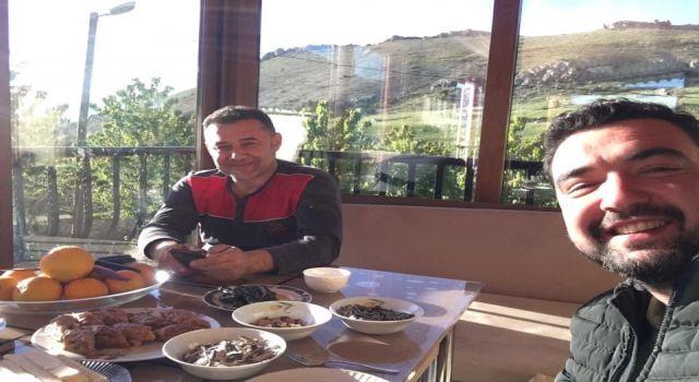 Genç muhtar Zafer gürel Başkan Adem Murat Yücel'e meydan okudu