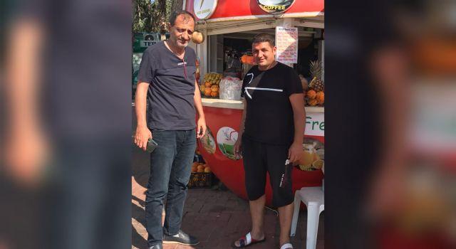 Meclis üyesi Kayhan Balta Konaklı mahallesinde esnaflarla bir araya geldi