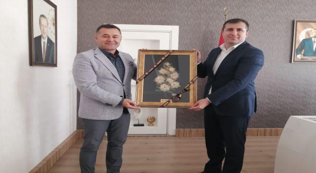 Başkan Yücel Gazipaşa'nın yeni kaymakamını ziyaret etti