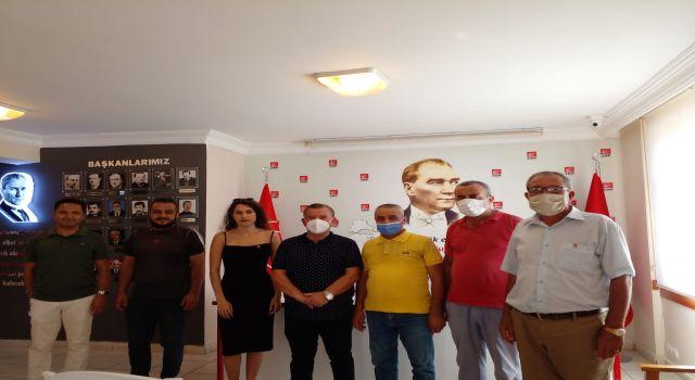 Konaklı mahallesinden 15 yeni üye CHP'ye katıldı