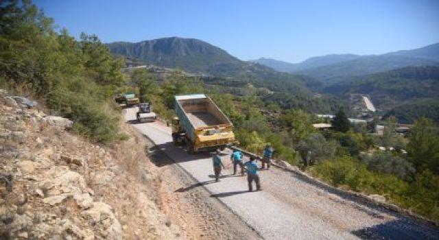 Alanya belediyesi Asfalt seferberliği devam ediyor