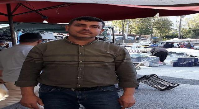 Esnaflar Başkan Yücel'den Cuma pazarına kazmayı bir ay sonra vurmasını istedi