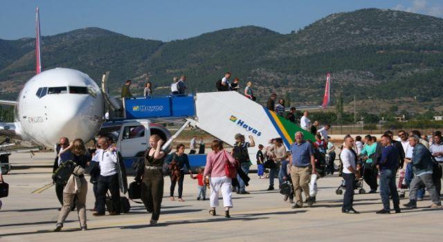 Gazipaşa havalimanında yolcu sayısında artış var
