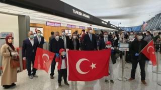ABD'deki Türkler ülkeye dönmek üzere Washington'dan yola çıktı