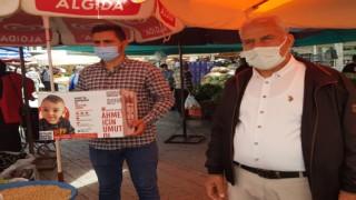 Pazarcılar odası Başkanı Hasan Yiğit esnaflarından Ahmet bebek için para topladı