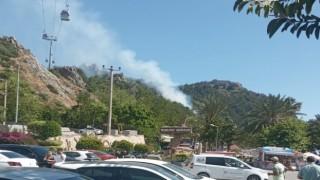 Alanya kalesinde korkutan yangın