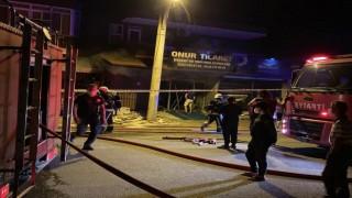Oba mahallesi hırdavatçıda yangın çıktı