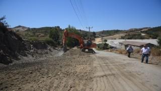 Toslak'ta yol genişletme çalışmaları devam ediyor