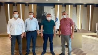 Meclis üyesi Zavlak muhtarlarla birlikte Başkan Muhittin Böcek'i ziyaret etti